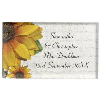 エレガントで黄色いヒマワリの国の花の結婚式 テーブルカードホルダー