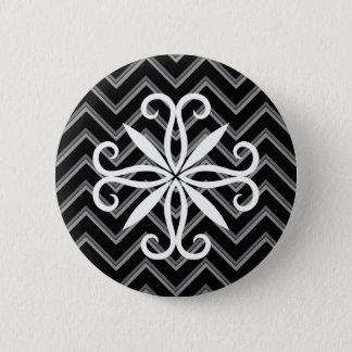 エレガントで黒いおよび灰色のシェブロンパターン 5.7CM 丸型バッジ