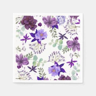 エレガントなお祝いが紫色プラムによっておよびバイオレットは開花します スタンダードカクテルナプキン