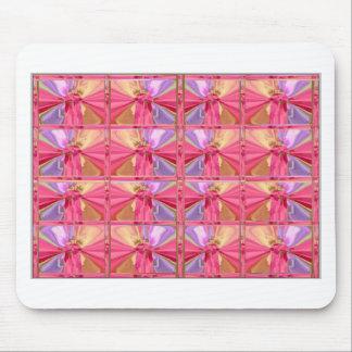 エレガントなダイヤモンドパターンローズピンクのスマイルの幸せなショー マウスパッド