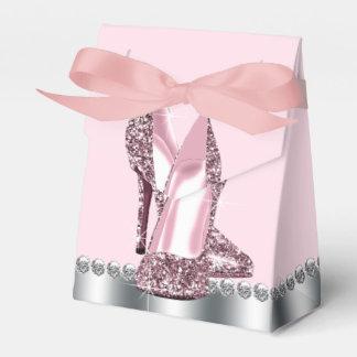エレガントなピンクのハイヒールの靴 フェイバーボックス