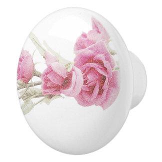 エレガントなピンクのバラの引き セラミックノブ