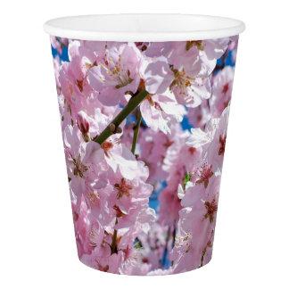 エレガントなピンクの桜の木の写真 紙コップ