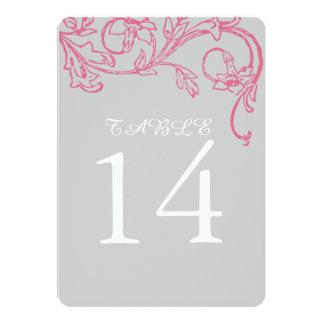 エレガントなピンクの渦巻によってはテーブル数が開花します カード