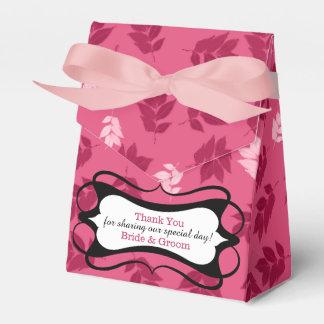 エレガントなピンクの葉パターン結婚式は感謝していしています フェイバーボックス