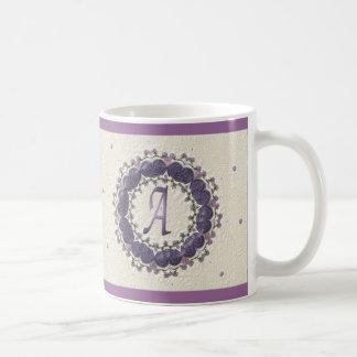 エレガントなプラムA コーヒーマグカップ