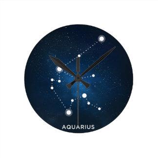 エレガントな星明かりの青い水彩画の宇宙-アクエリアス ラウンド壁時計