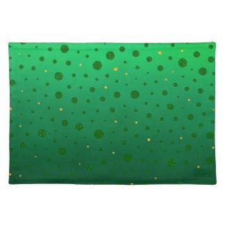 エレガントな点-緑の金のセントパトリックの日 ランチョンマット