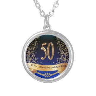 エレガントな第50結婚記念日のギフト シルバープレートネックレス