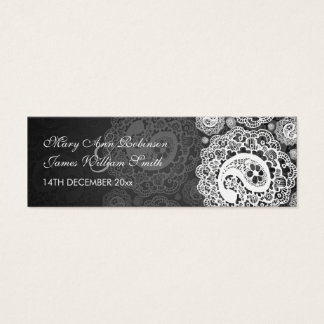 エレガントな結婚式の引き出物のラベルのペイズリーのレースの黒 スキニー名刺