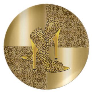 エレガントな金ゴールドのヒョウのハイヒールは動物に蹄鉄を打ちます プレート