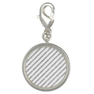 エレガントな銀製のグリッターの対角線のストライプなパターン チャーム