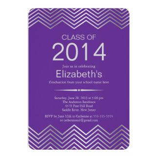 エレガントな銀製のシェブロンの卒業のパーティの招待状 カード