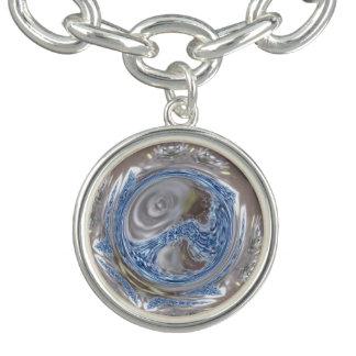 エレガントな銀製灰色の光沢がある青い万華鏡のように千変万化するパターンの芸術 チャームブレスレット