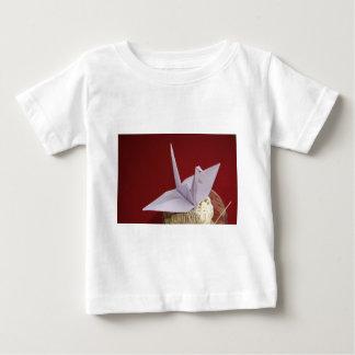 エレガントなorigamiクレーン ベビーTシャツ
