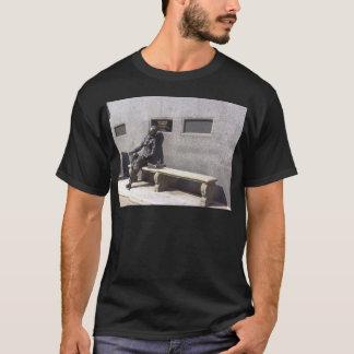 エレノアRigbyの彫像、リヴァプールイギリス Tシャツ
