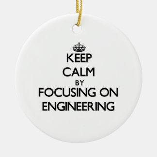 エンジニアリングに焦点を合わせることによって平静を保って下さい セラミックオーナメント