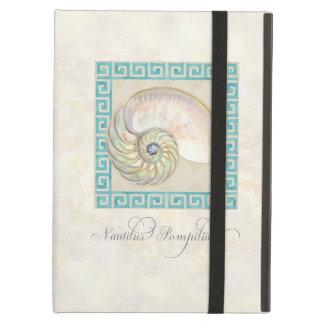オウムガイの貝の水彩画のギリシャ人の鍵のダマスク織のビーチ iPad AIRケース