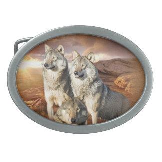 オオカミのトリオ 卵形バックル