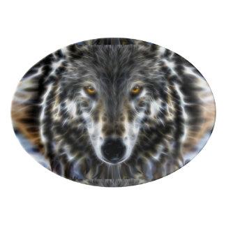オオカミの感動的なポートレートの装飾 磁器大皿