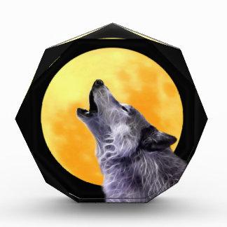 オオカミは満月で遠ぼえします 表彰盾