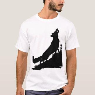 オオカミ、剛毅は、無慈悲な殺害激しい集団荒し回します Tシャツ