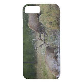 オオシカの闘牛、イエローストーンNP、ワイオミング iPhone 8/7ケース