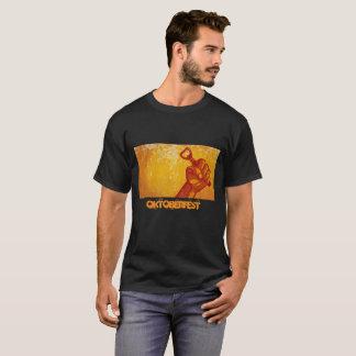 オクトーバーフェストビールパーティーの名前入りなTシャツ Tシャツ