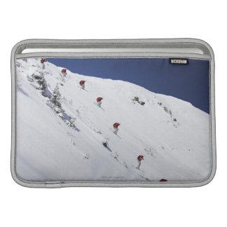 オスのスキーヤー MacBook スリーブ