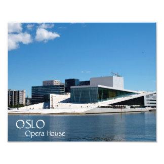 オスロのオペラハウス、ノルウェー上の青空 フォトプリント