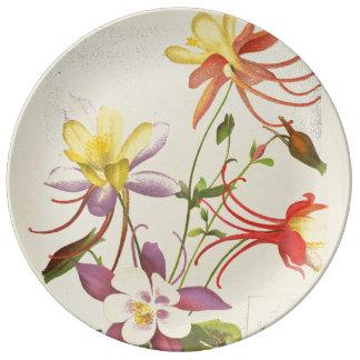 オダマキ(植物)によっては花の植物の磁器皿が開花します 磁器プレート