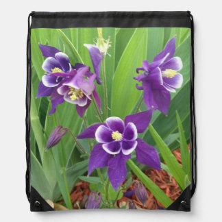 オダマキ(植物)のドローストリングバッグ ナップサック