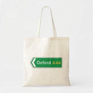 オックスフォードのイギリスの交通標識 トートバッグ