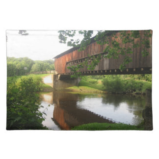 オハイオ州の屋根付橋および流れ ランチョンマット