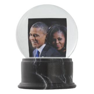 オバマ大統領及びミシェール最初女性 スノーグローブ