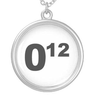 オバマ12のネックレス シルバープレートネックレス