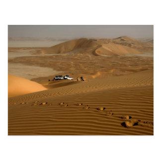 オマーンの砂丘で運転する摩擦AlのKhaliの砂漠 ポストカード