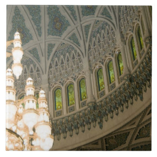 オマーン、マスカットのサルタンのQaboosのモスク タイル