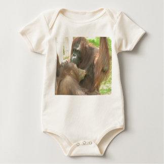 オランウータンの母乳で育てること ベビーボディスーツ