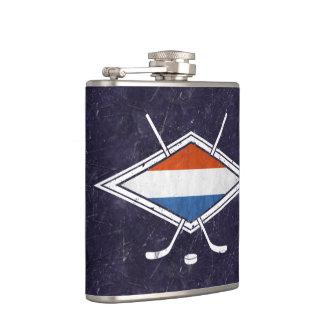 オランダのアイスホッケーの旗のロゴのスキットル フラスク