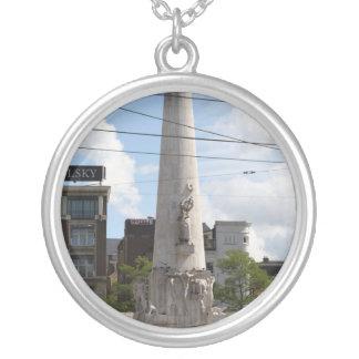 オランダの国有記念物 シルバープレートネックレス