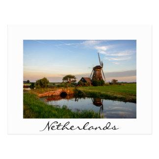オランダの白カードの田舎の風車 ポストカード