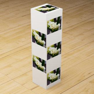 オランダカイウユリの花束のワイン用化粧箱 ワイン ギフト包装