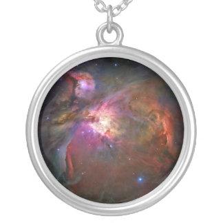 オリオンの星雲(ハッブルの望遠鏡) シルバープレートネックレス