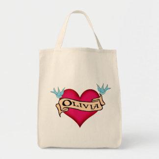 オリビア-カスタムなハートの入れ墨のTシャツ及びギフト トートバッグ