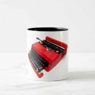 オリベッティのバレンタインのタイプライター ツートーンマグカップ