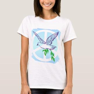 オリーブの枝およびピースサインを持つ鳩 Tシャツ