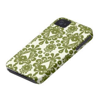 オリーブ色およびクリーム色の花のダマスク織パターン Case-Mate iPhone 4 ケース