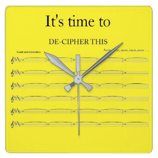 オルガン奏者のおもしろいな時計 スクエア壁時計