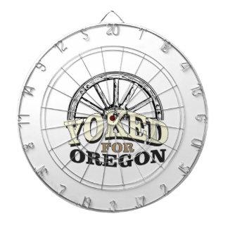 オレゴンのために結び付けられる ダーツボード